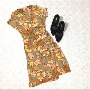 New York Company Stretch Floral Dress Size Small